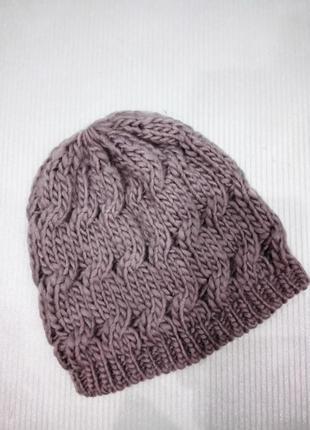 Новая шапка - бини серого цвета крупной вязки