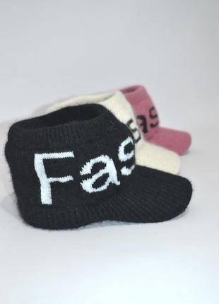 Кепка вязаная шапка повязка с козырьком.