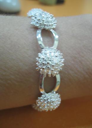 Чарівний посріблений браслет обруч