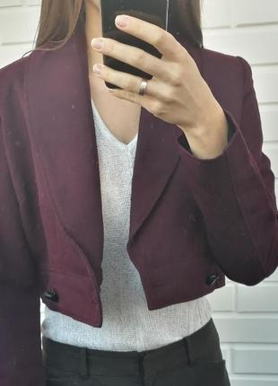 Новая с биркой укороченая куртка косуха пиджак жакет марсала