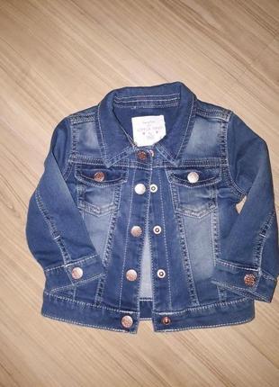 Крутая джинсовая курточка на маленькую модницу 6-9 месяцев от f&f