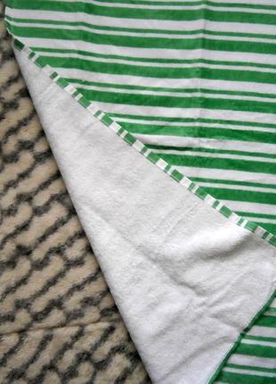 Яркое махровое полотенце 50х100см tcm tchibo4