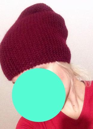 Актуальная теплая вязаная бордовая марсала винная шапка бини чулок зимняя демисезонная