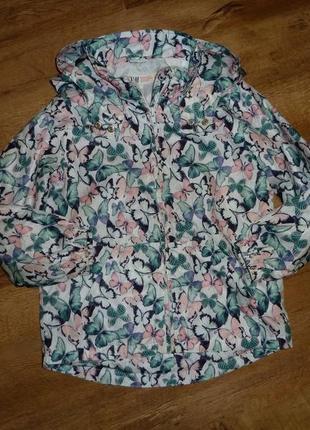 Куртка, ветровка, дождевик h&m на 6-7 лет в отличном состояиии