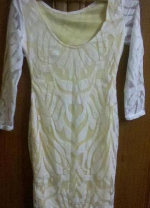 Красивенное платье футляр новое миди кружевное с-м