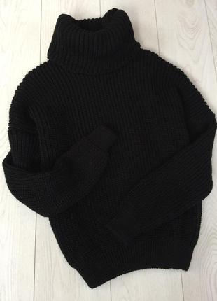 Теплый, мягкий свитер