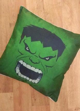 Подушка hulk