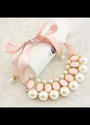 Ожерелье с искусственным жемчугом