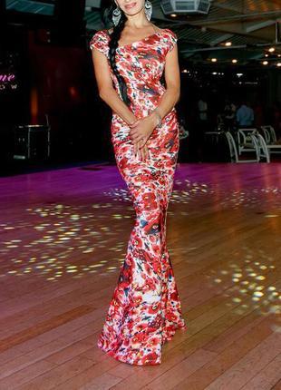 Цветочное платье city goddess макси с ассиметричным вырезом с сайта asos
