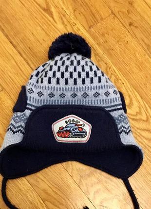 Тёплая шапка на флисе agbo
