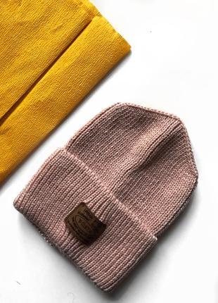 Пудровая ангоровая тёплая, розовая шапка с ангорой, шерстью и отворотом,