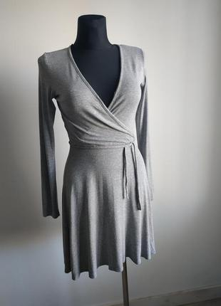Серое платье divided by h&m