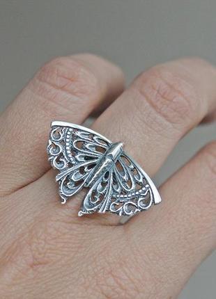 Серебряное кольцо хартов 1139 р.18,5