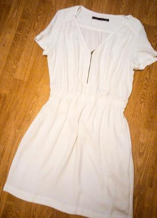 Белое платье фирменное тянется резинка на молнии базовое повседневное