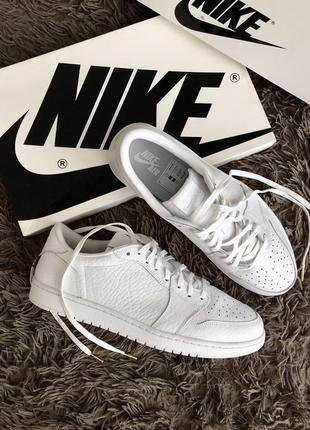 Nike air jordan 1 retro low ns