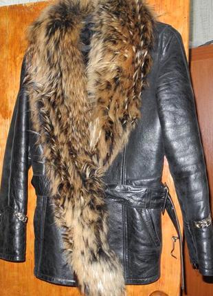 Классная   кожаная   зимняя курточка