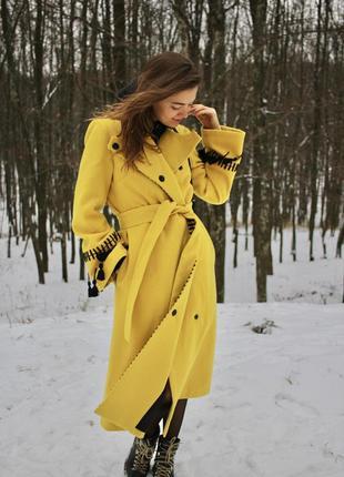 Зимнее кашемировое пальто ручной работы на синтепоне