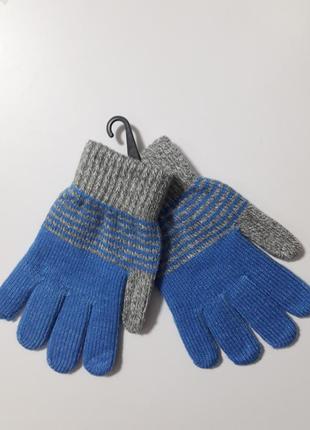 Теплые перчатки на мальчика