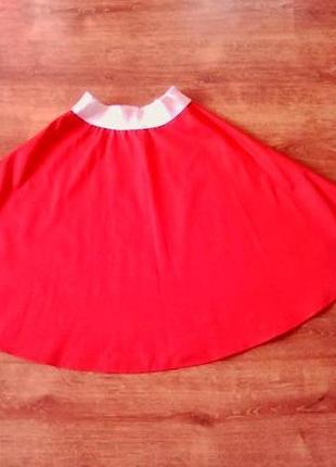 Красная юбка  s