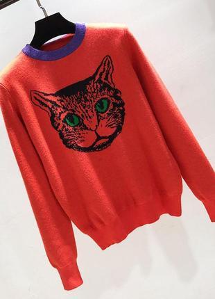 Оранжевый свитер с котом