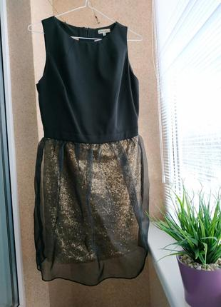 Вечернее праздничное коктейльное платье в пайетки и фатином