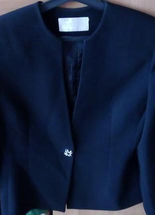 Костюм женский ,пиджак и юбка гаде в пол,размер 40,bolero