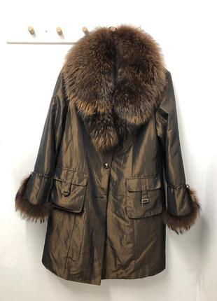 Пальто зимнее с песцовым вором и подкладкой из кролика размер 52-54