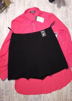 Шикарные брючные чёрные шорты размер 14