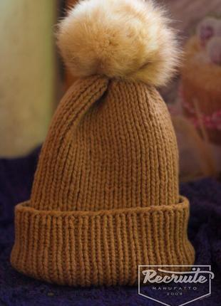 Зимняя шапочка ручной работы