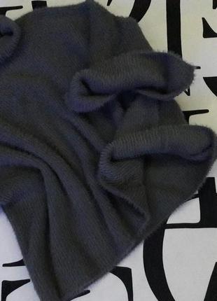 Пушистый  брендовый свитер  /оверсайз