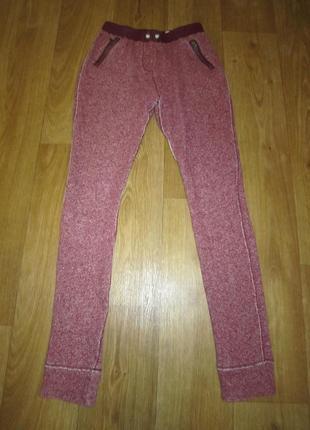 Теплые стильные штаны, джеггинсы с кожаными вставками, р.44-46
