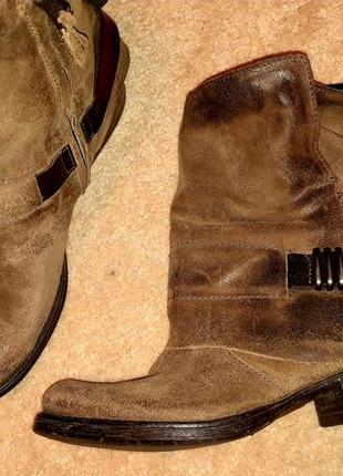 Супер круті шкіряні черевики