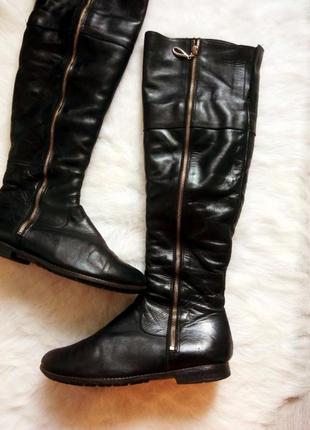 Черные кожаные высокие зимние сапоги ботфорды с овчиной италия на низком ходу