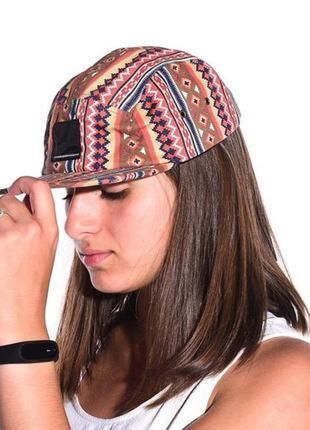 Кепка, шапка,красивая стильная кепка с прямым козырьком, реперка,бейсболка , снепбек