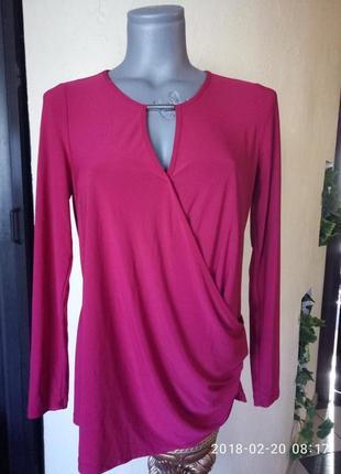 Брендовая трикотажная блуза с чокером и имитацией запаха 46-48 р