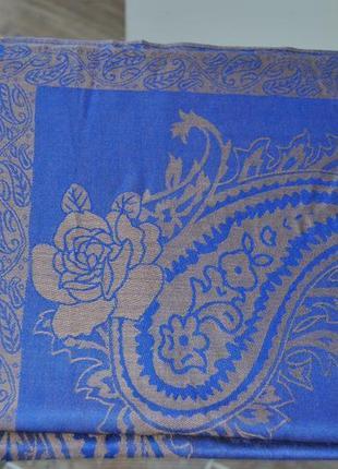 Шерстяной шарф палантин шелковый