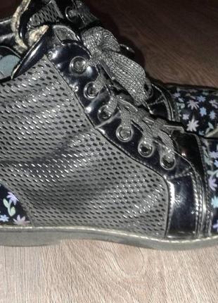 Красивые ботиночки 34р