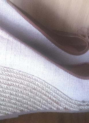 Бежеві босоніжки clarks р40 текстиль
