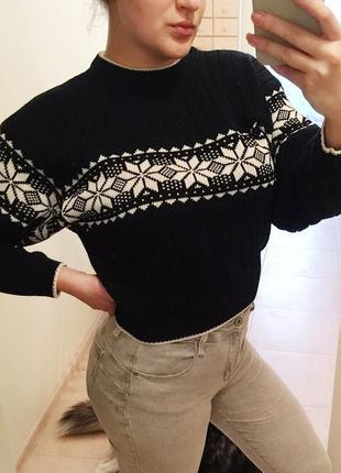 Стильный укороченый свитер, свитшот