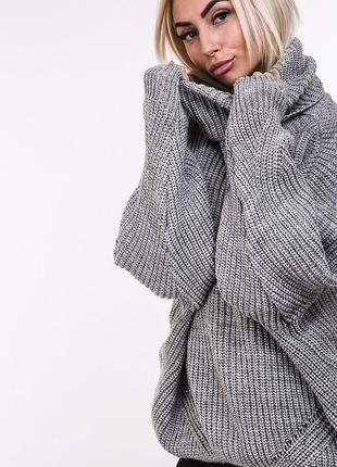 Обьемный свитер оверсайз