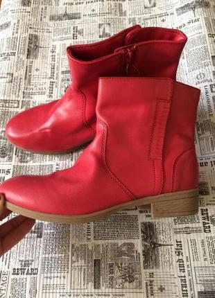 Классные ботинки 37 р esmara
