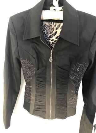 Костюм пиджак брюки sassofono