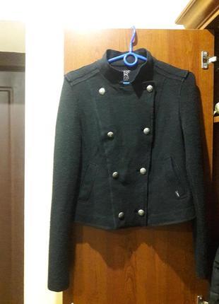 Шерстяной жакет,кардиган,свитер,пиджак marc cain sports.размер 3.