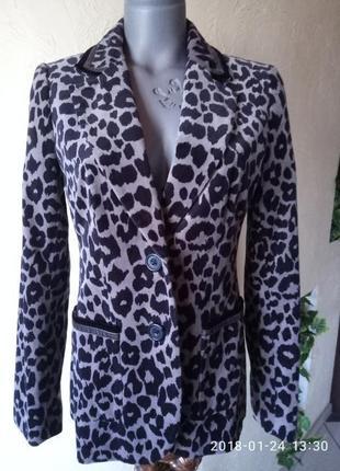Актуальный велюровый леопардовый жакет  от крутого бренда 46-48 р