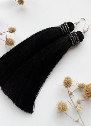Черные шелковые серьги сережки кисти кисточки