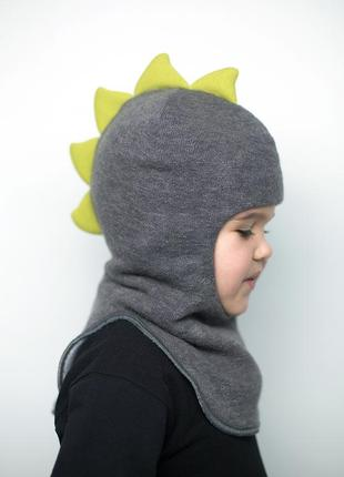 Шапка зимняя теплая шлем на мальчика дино