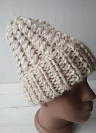 Теплая зимняя вязаная полушерстяная шапка с отворотом