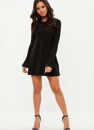 Черное вечернее платье трапеция с расклешенными игривыми рукавами missguided1