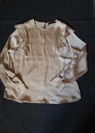 Шикарная атласная блуза с воланами