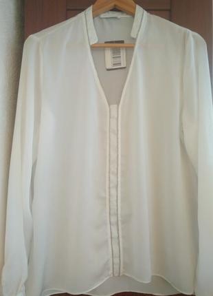 Блуза promod с украшенными воротником и планкой впереди. promod